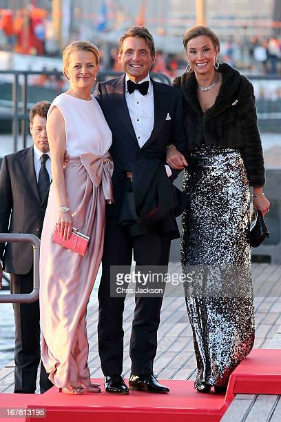 Princess Mabel of OrangeNassau Prince Maurits of the Netherlands and MarieHelene Angela van den Broek arrive at the Muziekbouw following the water...