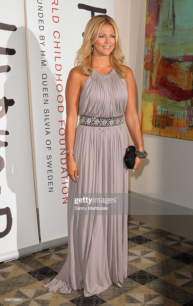 The World Childhood Foundation Fundraising Ball - Arrivals : News Photo
