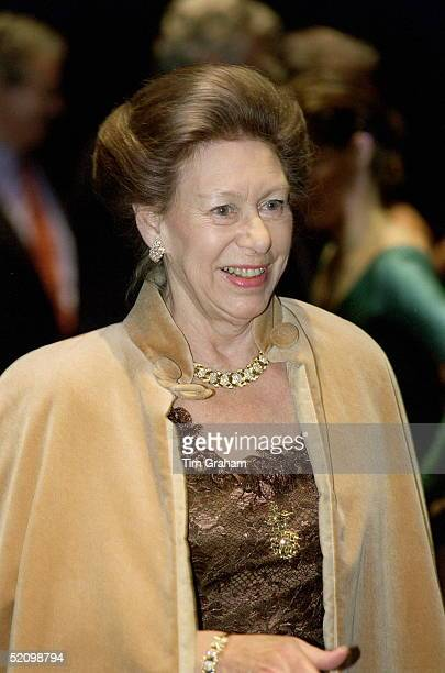 Princess Margaret Arriving For The Royal Ballet's Opening Performance At The New Sadler's Wells Theatre L0ndon