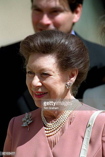 Princess Margaret Outside Clarence House In London Before A Birthday Lunch With The Q Mother