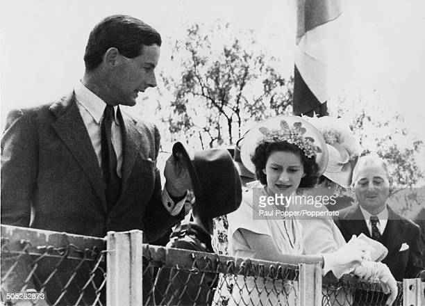 Princess Margaret with RAF officer Group Captain Peter Townsend in South Africa during the royal tour, 1947.