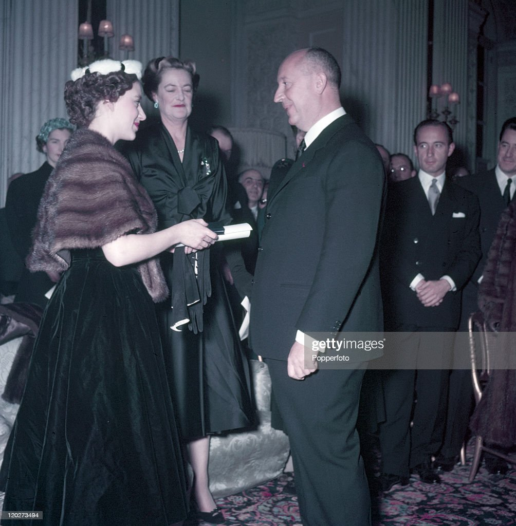 Princess Margaret And Christian Dior : News Photo