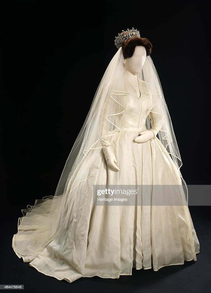 Princess Margaret\'s Wedding Dress, 1981. Pictures | Getty Images