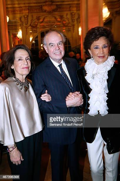 Princess Marina de Grece Frederic Mitterrand and Countess Jacqueline de Ribes attend the 'Societe des Amis du Musee D'Orsay' Dinner Party at Musee...