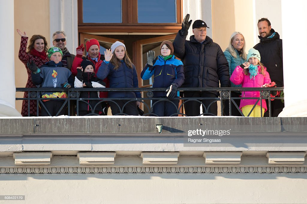 Princess Martha Louise of Norway and husband Ari Behn, Prince Sverre Magnus of Norway, Emma Tallulah Behn, Queen Sonja of Norway, Princess Ingrid Alexandra of Norway, Guest, King Harald V of Norway, Crown Princess Mette-Marit of Norway, Leah Isadora Behn and Crown Prince Haakon of Norway are seen outside the Royal Palace while celebrating the 25th anniversary of King Harald V and Queen Sonja of Norway as monarchs on January 17, 2016 in Oslo, Norway.