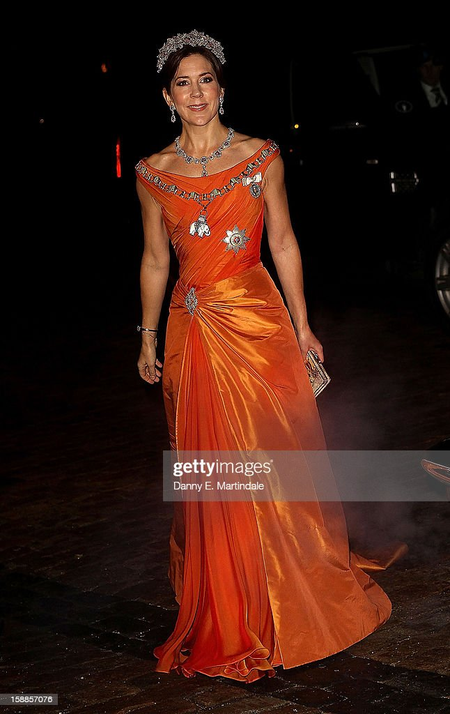 Princess Mary of Denmark arrives at a New Year's Banquet hosted by Queen Margrethe of Denmark at Christian VII's Palace on January 1, 2013 in Copenhagen, Denmark.