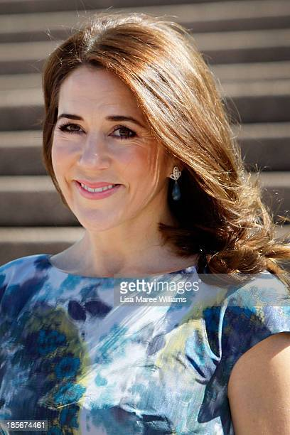 Princess Mary of Denmark arrives at the Opera House forecourt on October 24 2013 in Sydney Australia Prince Frederik and Princess Mary will visit...
