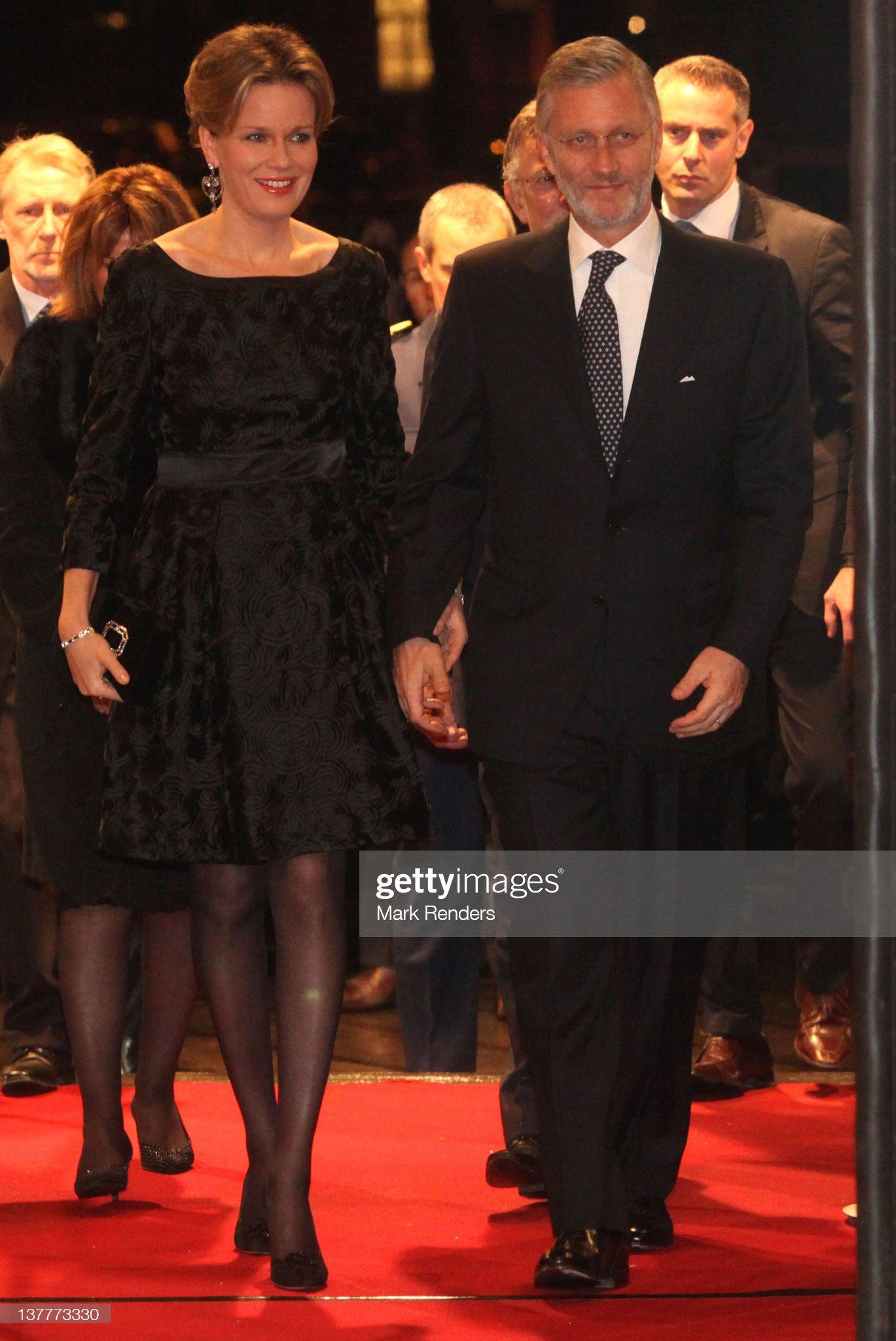 Вечерние наряды Королевы Матильды Crown Prince Frederik Of Denmark And Princess Mary Of Denmark Attend Concert For Danish UE Presidency Celebration : News Photo
