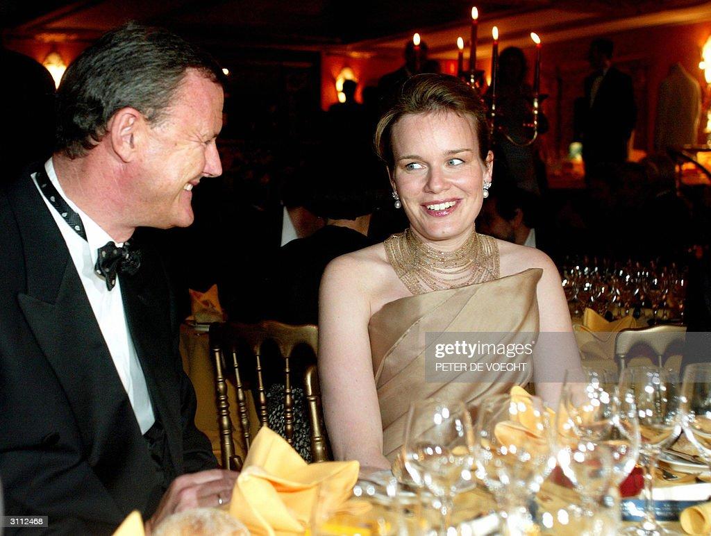 Princess Mathilde of Belgium (R) and Bel : News Photo