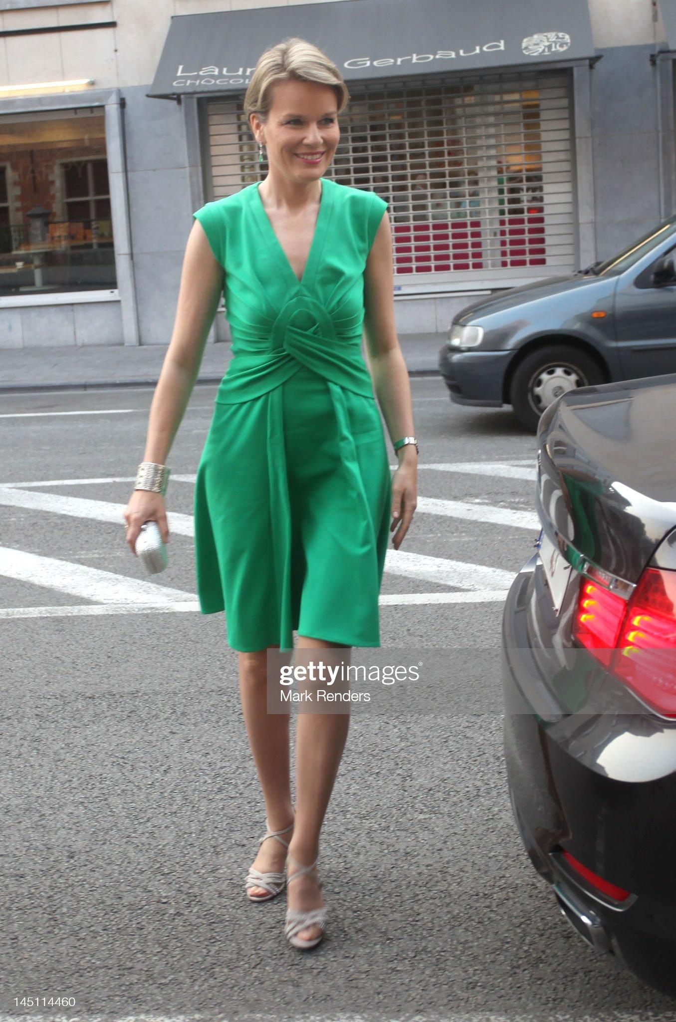 Вечерние наряды Королевы Матильды Prince Philippe And Princess Mathilde Attend 'Queen Elisabeth Violon Award' 2012 : News Photo