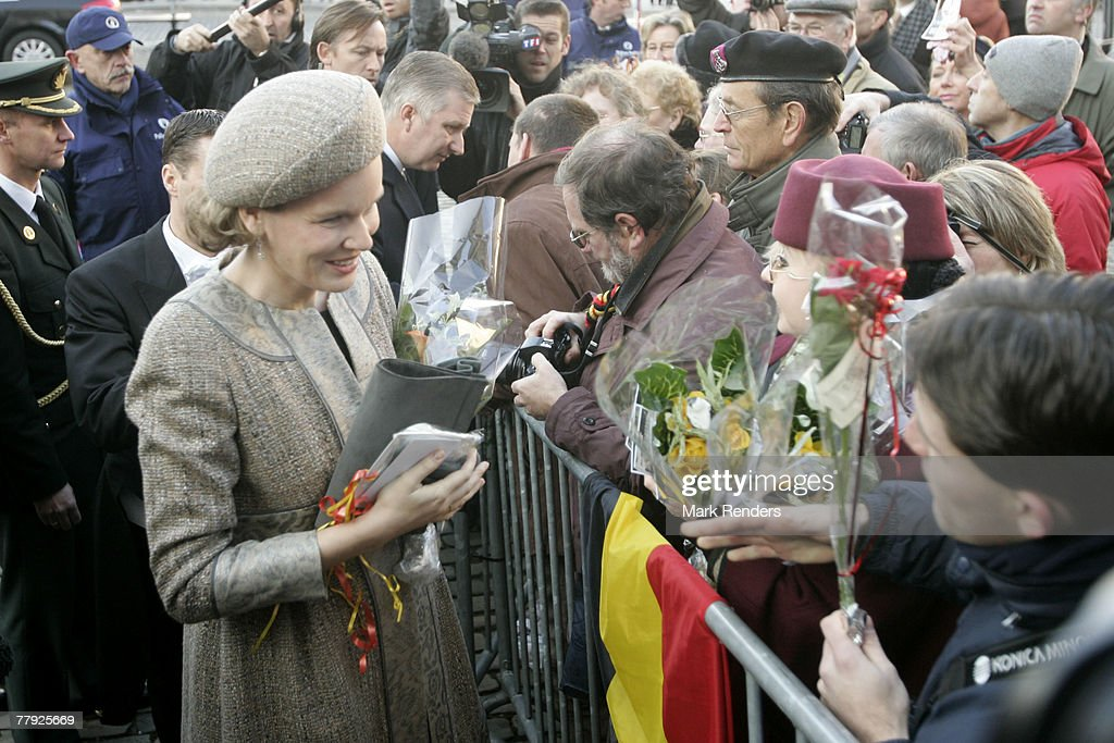 Princess Mathilde of Belgium greets the crowd near the Cathedrale St. G?dule after attending the Te Deum , on Kings Day on November 15, 2007 in Brussels, Belgium.