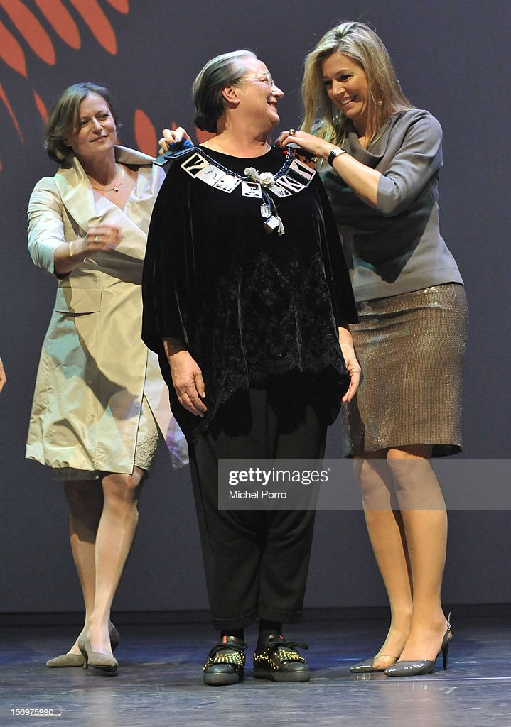 Princess Maxima of the Netherlands and Lidewij Edelkoort during the award ceremony of the Prince Bernhard Culture Prize (pool) on November 26, 2012 in Amsterdam, Netherlands.