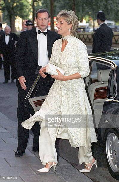 Princess Of Wales Attends Dinner At London's Dorchester Hotel Organised By Imran Khan In Aid Of The Shaukat Khanum Memorial Hospital In Pakistan The...