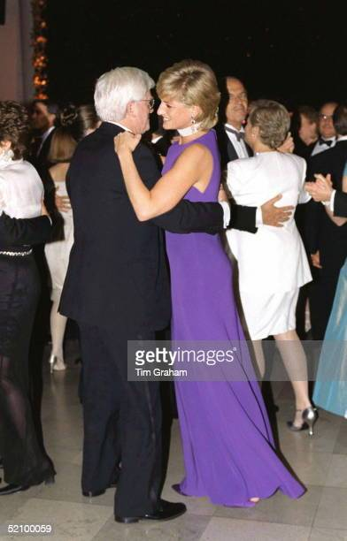Princess Of Wales In Chicago USA Dancing With Chat Show Host Phil Donoghue At Gala Dinner