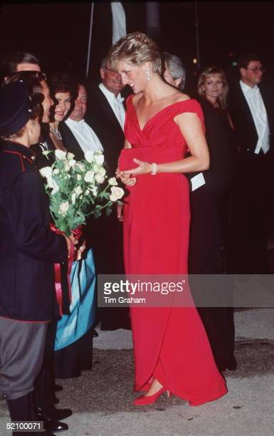 Princess Of Wales In Washington, USA At A Gala In Aid Of The London City Ballet Of Which She Is Patron