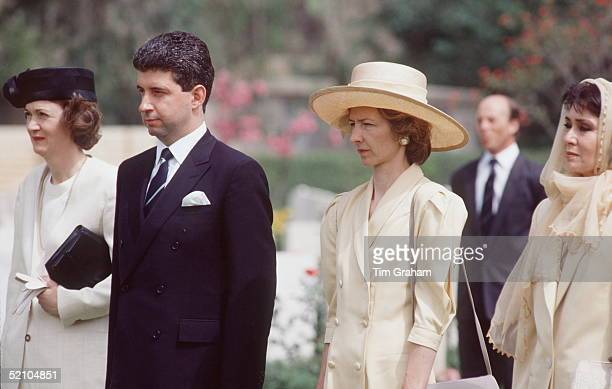 Princess Of Wales' S Private Secretary Patrick Jephson And Her Ladyinwaiting Viscountess Sarah Jane Campden During An Official Tour Of Egypt