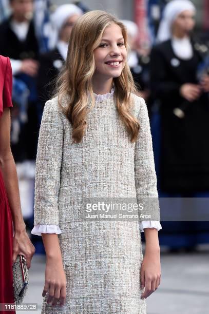 Princess Sofia of Spain arrives to the Campoamor Theatre ahead of the 'Princesa de Asturias' Awards Ceremony 2019 on October 18, 2019 in Oviedo,...