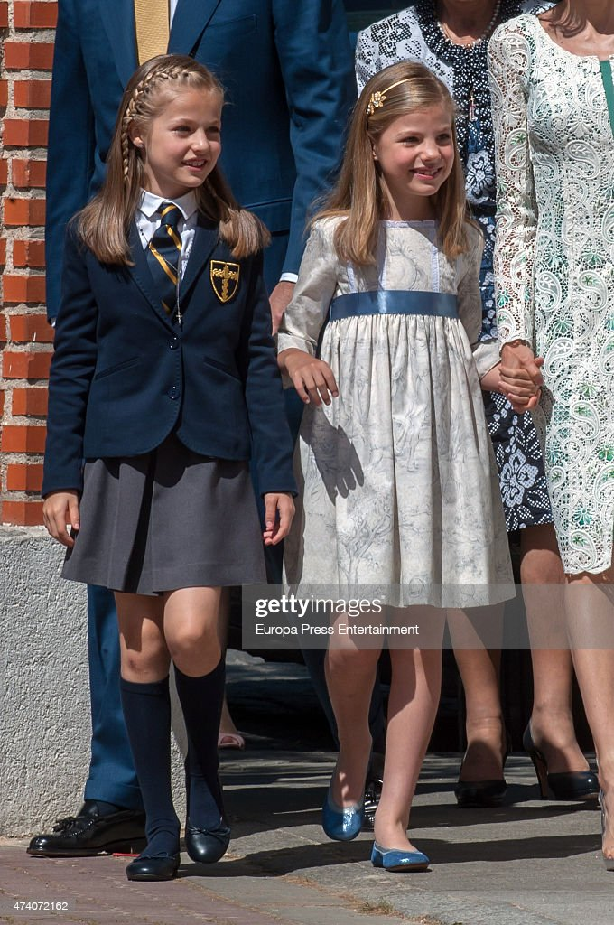 Princess Sofia of Spain (R) attends the First Communion of Princess Leonor of Spain (L) on May 20, 2015 in Madrid, Spain.