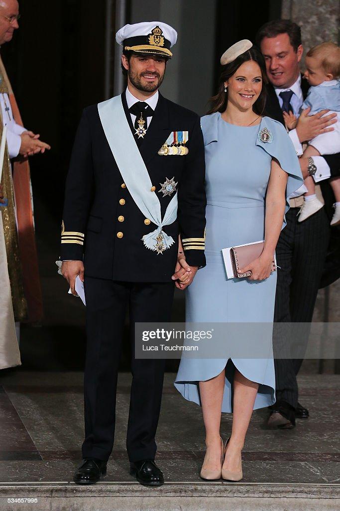 Christening of Prince Oscar of Sweden : News Photo