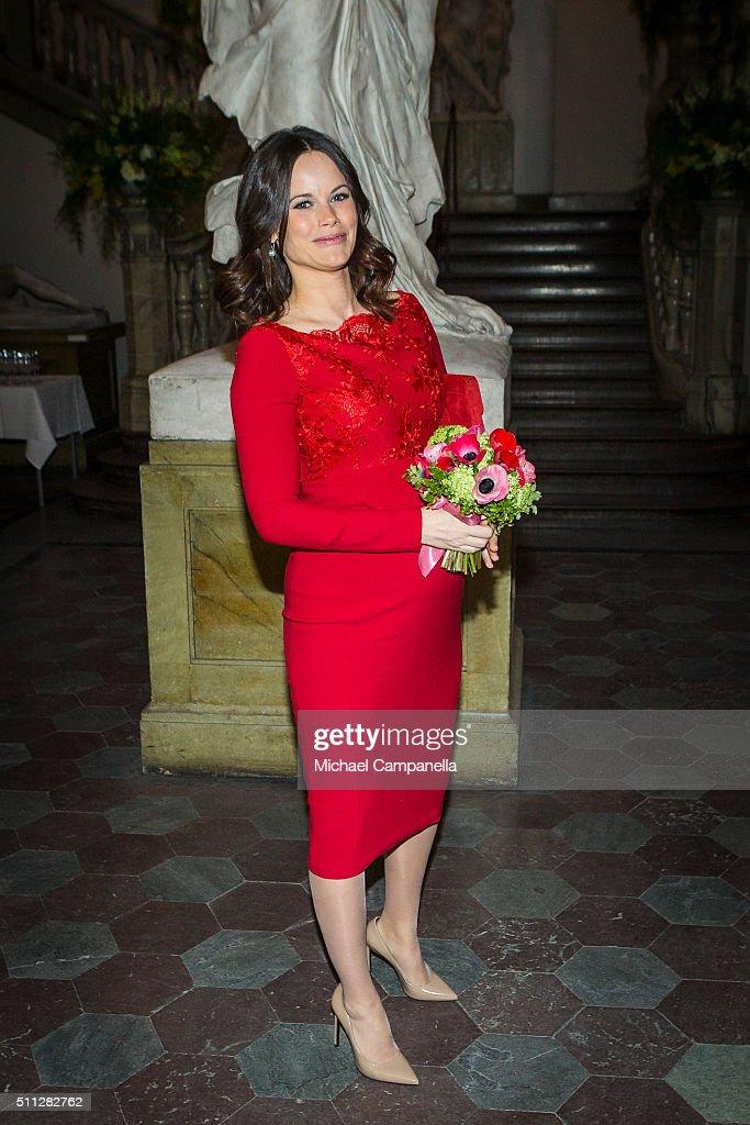 Swedish Royals Attend Royal Swedish Academy of Fine Arts' Formal Gathering : News Photo