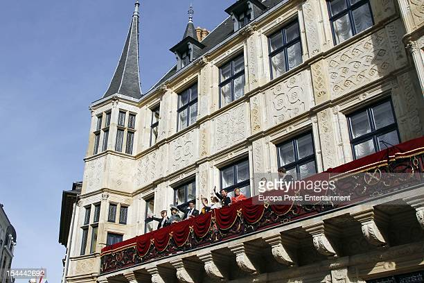Princess Stephanie of Luxembourg and Prince Guillaume of Luxembourg with the Luxembourg royal family wave from the balcony of the Grand-Ducal Palace...