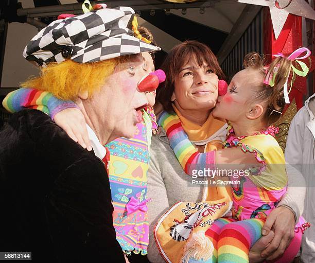Princess Stephanie of Monaco poses with clowns ahead of the 30th International Circus Festival of Monte Carlo on January 18 2006 in Monte Carlo...