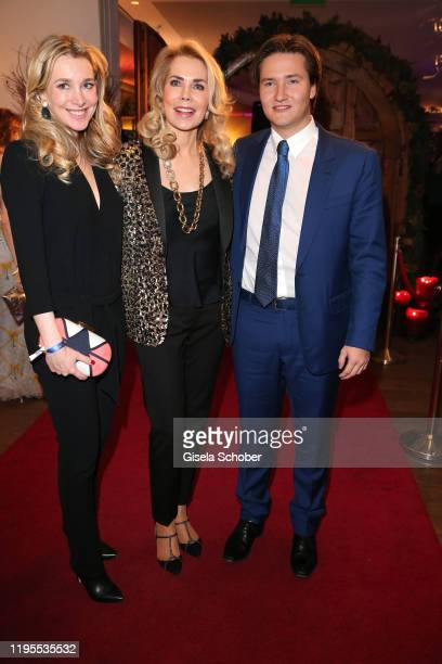 Princess Theresa of Leiningen, Princess Gabriele of Leiningen and her son Aly Muhammad Prince Aga Khan during the Schwarzenegger climate initiative...