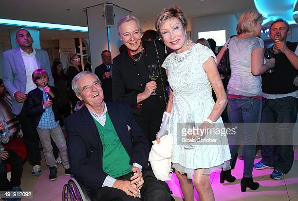 Princess Uschi zu Hohenlohe and her husband Prince Peter zu Hohenlohe and Dr Antje Katrin Kuehnemann during the Munich premiere of the musical 'Ich...