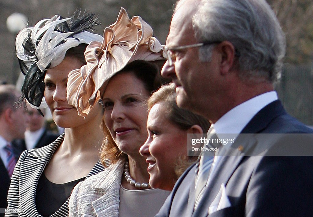 Princess Victoria of Sweden (L) and Queen Silvia of Sweden (CL), Grand Duchess Maria Teresa of Luxembourg (CR) and King Carl XVI Gustaf of Sweden (R) visit Gustav III's Pavillion at Haga Park in Stockholm on the second day of a three day state visit on April 16, 2008 in Stockholm, Sweden