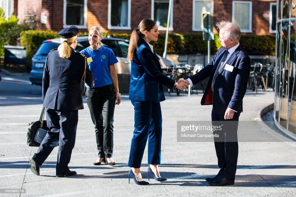 CASA REAL DE SUECIA - Página 62 Princess-victoria-of-sweden-arrives-at-the-generation-pep-pep-forum-picture-id1052903128