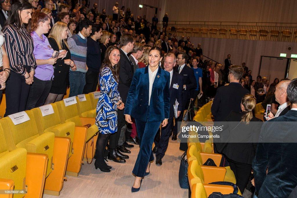 CASA REAL DE SUECIA - Página 62 Princess-victoria-of-sweden-arrives-at-the-generation-pep-pep-forum-picture-id1052903148