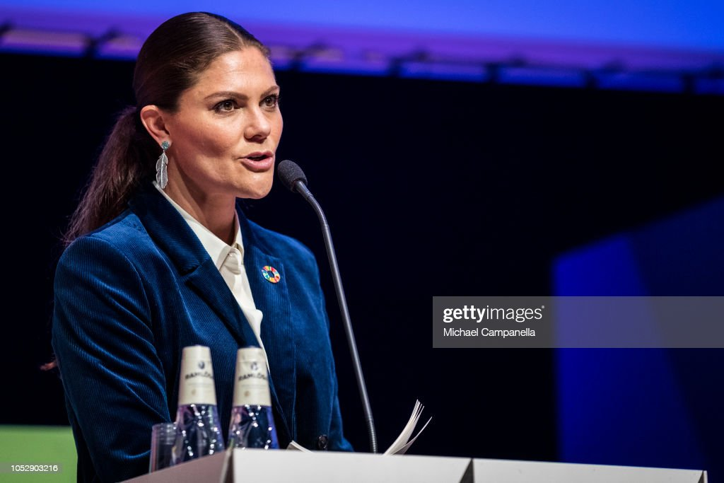 CASA REAL DE SUECIA - Página 63 Princess-victoria-of-sweden-gives-a-speech-at-the-generation-pep-pep-picture-id1052903216