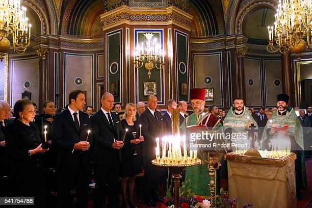 SAR Princesse Barbara de Yougoslavie SAR le Prince Dushan de Yougoslavie SAR le Prince Dimitri de Yougoslavie SAR la Princesse Helene de Yougoslavie...