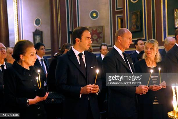 SAR Princesse Barbara de Yougoslavie SAR le Prince Dushan de Yougoslavie SAR le Prince Dimitri de Yougoslavie and SAR la Princesse Helene de...