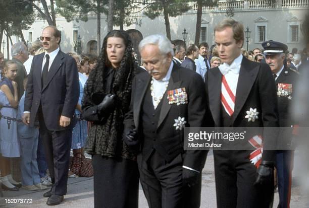 Princesse Caroline of Monaco Prince Rainier III of Monaco and Prince Albert of Monaco attend the funeral of Grace Kelly on September 18 1982 in Monaco