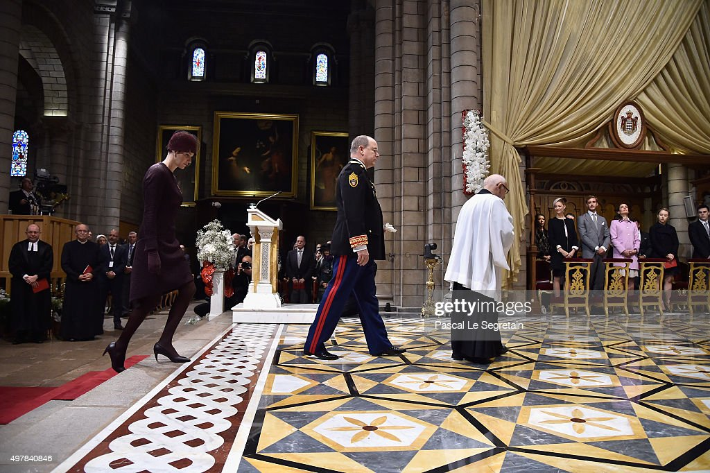 Princesse Charlene Of Monaco and Prince Albert II Of Monaco attend a mass at the Cathedral of Monaco during the official ceremonies during the Monaco National Day Celebrations on November 19, 2015 in Monaco, Monaco.