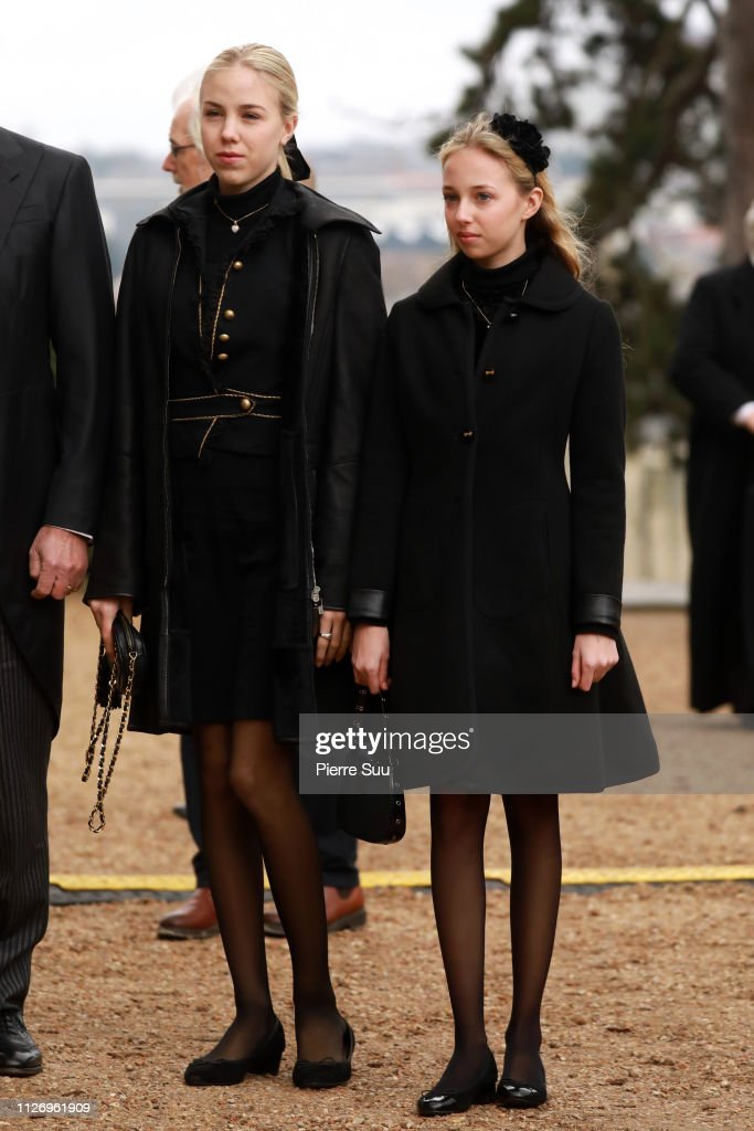 https://media.gettyimages.com/photos/princesses-maria-carolina-and-maria-chiara-of-bourbon-sicile-attend-picture-id1126961909