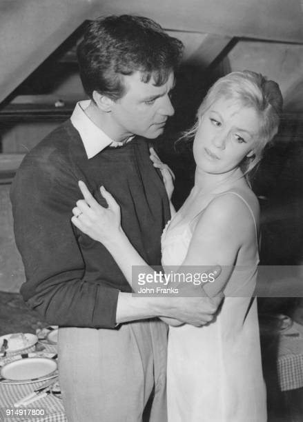 Principal actors Kenneth Haigh and Mary Ure during rehearsals for the John Osborne play 'Look Back In Anger' at the Royal Court Theatre in London,...