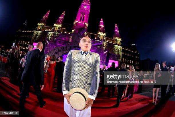 Principe Maurizio Agosti arrives for the Life Ball 2017 at City Hall on June 10 2017 in Vienna Austria