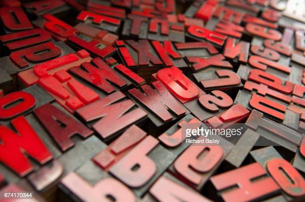 printers letter blocks - the_writer's_block stock pictures, royalty-free photos & images
