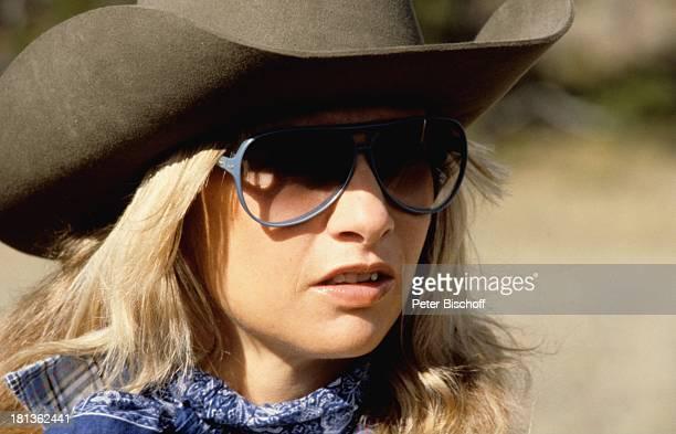 Prinzessin Angela von Hohenzollern Kanada Amerika Reitausflug Ausritt Weide Wiese Pferd Adel