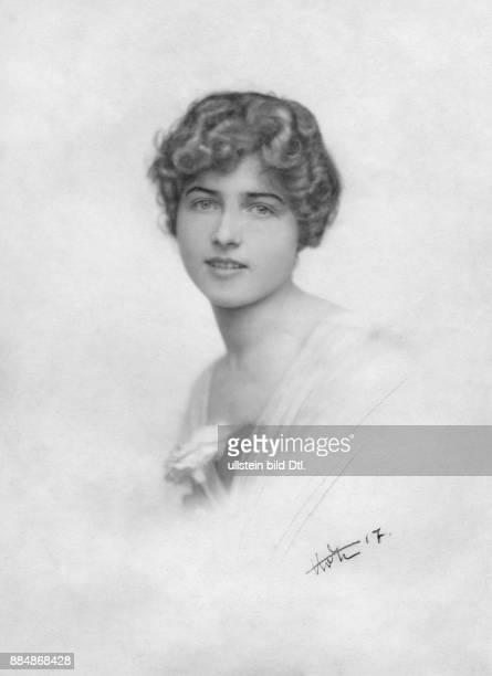 Prinzessin aus dem Haus HohenloheWaldenburg und später die Ehefrau des Erzherzogs Maximilian Eugen von Österreich Helene von Zimmerauer...