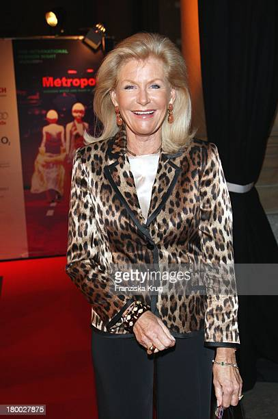 Prinzessin Elisabeth Von Sachsen Weimar Bei Der Modenschau Im Rahmen Der 2Nd International Fashion Night Munich Am 030907 In München
