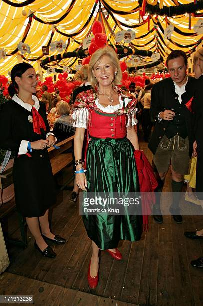 Prinzessin Elisabeth Zu Sachsen Weimar Bei Regines Damenwiesn 2004 Im Winzerer Fähndl Auf Dem Oktoberfest In München