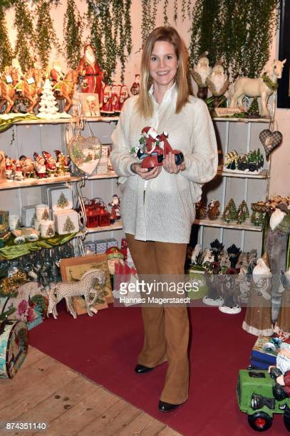 Prinzessin Isabelle 'Minzi' zu HohenloheJagstberg during the Gut Aiderbichl Christmas Market opening on November 14 2017 in Henndorf am Wallersee...