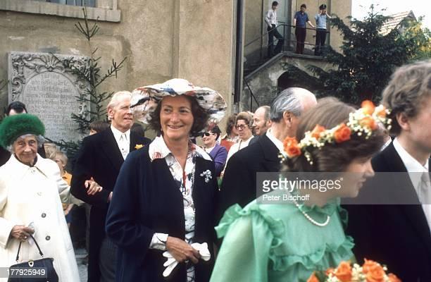 Prinzessin Victoria Luise von Preußen , Begleiter, Brautmutter Fürstin zu Castell-Rüdenhausen , Brautjungfer , Hochzeits-Gesellschaft, Brautjungfern,...