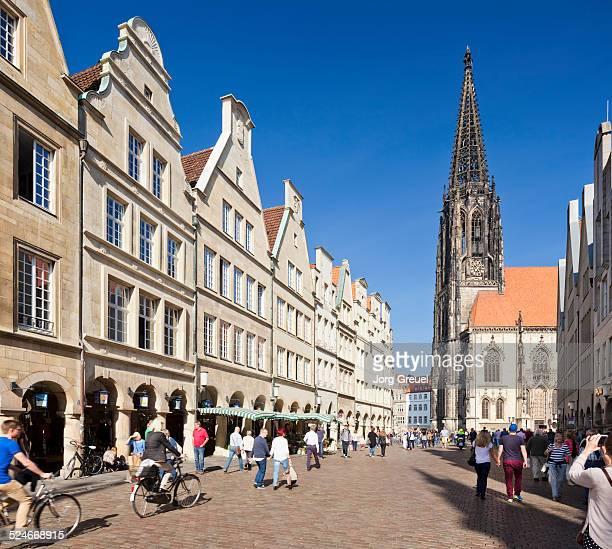 prinzipalmarkt and st. lambert's church - ミュンスター市 ストックフォトと画像