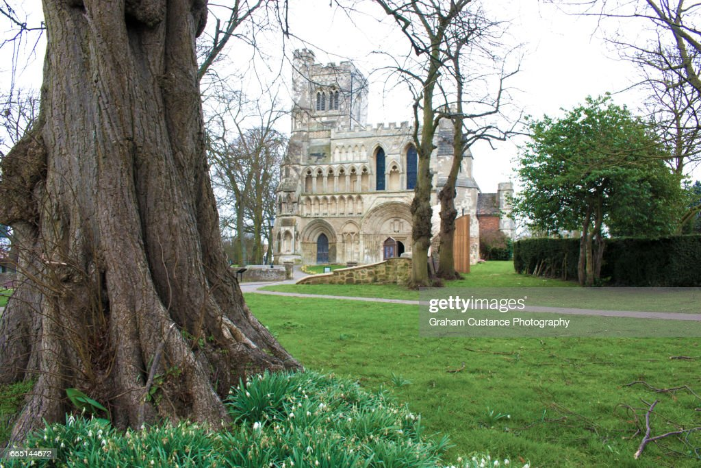 Priory Church, Dunstable : Stock Photo