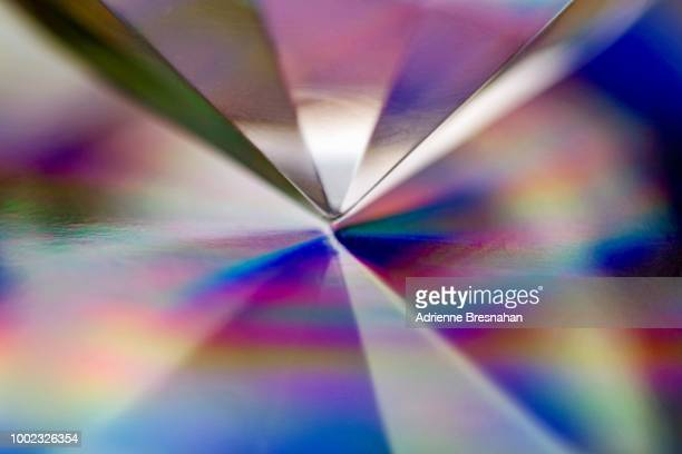 prism point and lights - glas materiaal stockfoto's en -beelden