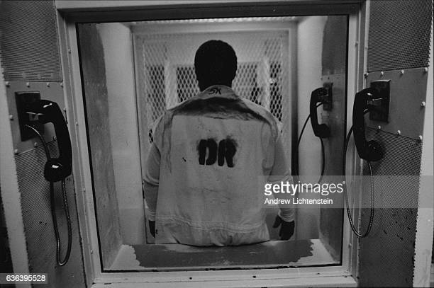 A prisoner on Texas's death row lleaves a press interview March 1 2003